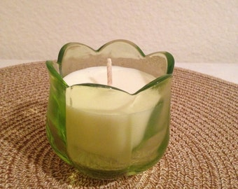 Retro green flower candle - Lemon Lavensder Scent