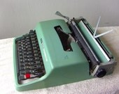 Superb Olivetti Lettera 32 Portable Typewriter Turquoise Mint Green Qwerty Keyboard Working Typewriter New Ribbon 1960's 60's