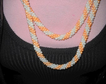 Vintage Pink and White Seed Bead Necklace, FREE U.S. SHIPPING