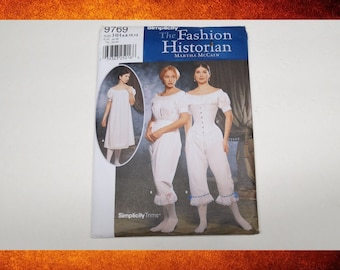 BIG SALE Sewing Pattern - Simplicity Fashion Historian Costume Pattern 9769.  Corset and underthings. Woman Size 6-12. #PAT-102