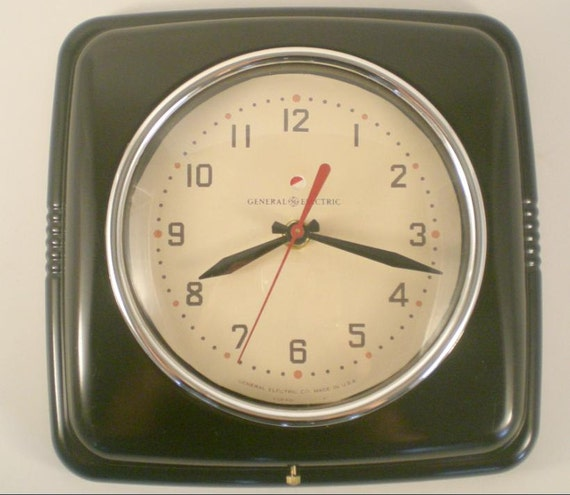 Retro Electric Kitchen Wall Clocks: Items Similar To Reproduction Vintage General Electric Kitchen Wall Clock (GE / Telechron) On Etsy
