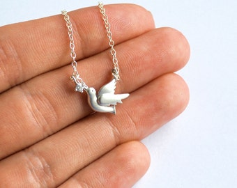 Bird bracelet, Swallow bracelet, Silver swallow bird bracelet, Silver bird bracelet, Flying bird bracelet, Bird jewelry, Animal jewelry