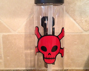 Skull and cross bones personalized water bottle