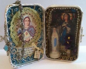 SOLD! Blessed Mother, Virgin Mary Assemblage Shrine Altered Shrine Pocket Shrine Travel Shrine Mixed Media Shrine Altoid Tin