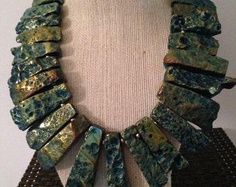 Stunning Cleopatra collar necklace