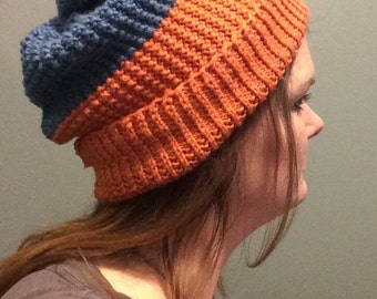 Two-toned super slouchy clover-stitch knit hat