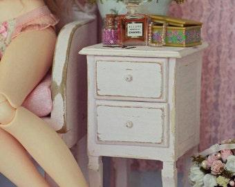Pastel pink Dresser