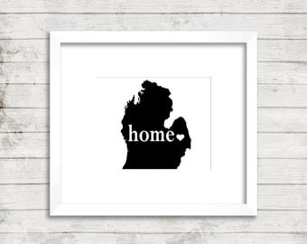 Michigan Home. Michigan State Heart Print. Michigan State Art. Custom Modern Home Decor Wall Print. Minimalist Art.Unique.Typography Print