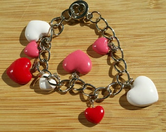 Charm Bracelet with hearts!