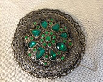 Vintage Emerald Green Brooch Pin