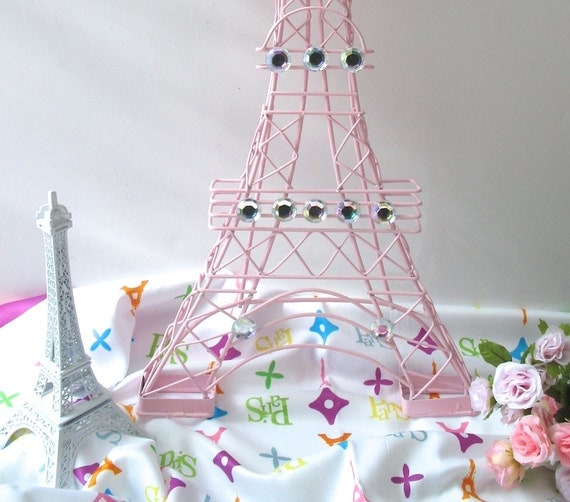 Pretty pink eiffel tower with jewels centerpiece wall hanging