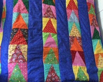 CLEARANCE PRICE!!!  Quilt with Blue backing, triangles, twin size