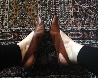 Vintage Brown Leather Slingbacks. Enzo Angiolini. Size 9.5B.