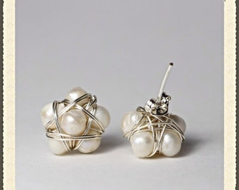 Freshwater Pearls earrings with silver wire