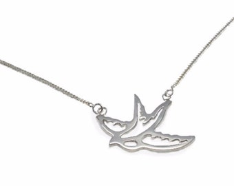 Sterling Silver Necklace swallow / bird on Chain