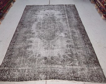 "5'5"" x 9'4"" (166 x 284 cm) Grey Rug Handmade from Overdyed Vintage Turkish Carpets"