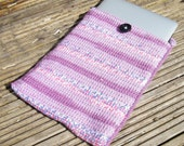Crocheted Laptop Sleeve for 13 Macbook Pro