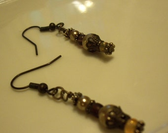 glass earl dangle earrings