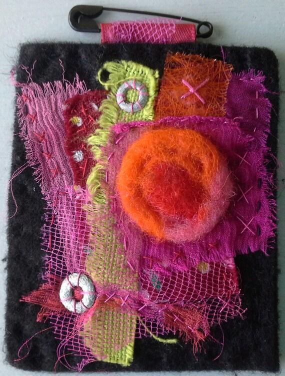 Tableau textile composition de couleurs chaudes par veronikb - Tableau couleur chaude ...