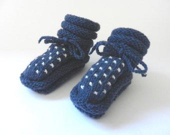 Baby booties dark blue with ecru crosses