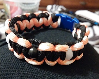 Two color beaded cobra bracelet