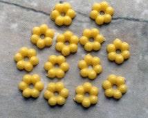12 Vintage Yellow mini 7mm Flower Beads,1960s lucite, pretty Japanese flatbacks #133z
