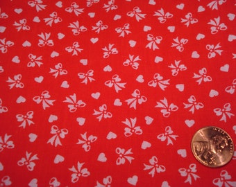 Quarter yard VINTAGE fabric tiny bows hearts Blythe doll quilter