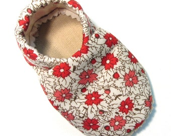 Vintage Coral Soft Soled Baby Shoes 12-18 mo
