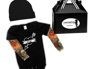 Mom Heart Baby Gift Set - black onesie with tattoo sleeves, Hat and gift box
