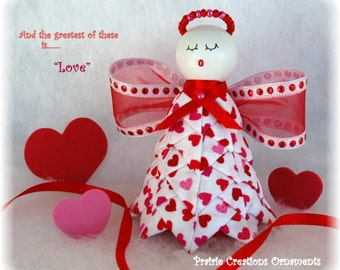 """Quilted Fabric Valentine Angel Ornament Kit & Pattern - """"Love"""""""