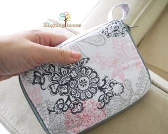 iPhone/ Samsung Galaxy Note Case/Mini Purse (Love Lace in Bloom)