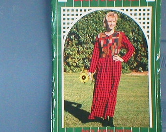 Vintage Prairie quilt dress pattern by Gail Abeloe 1995 for The Back Porch Press, uncut, country dress, patchwork dress, sewing pattern, diy