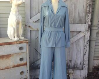 1970s pantsuit 70s palazzo pants and peplum blouse size medium Vintage jumpsuit 2 piece set