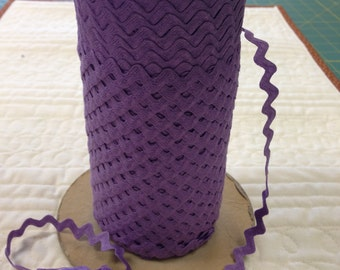 Vintage Cotton Ric Rac - Lavender - Medium - 5 yards - 4 Dollars
