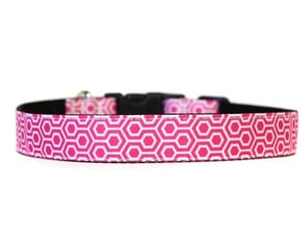 1 Inch Wide Dog Collar with Adjustable Buckle or Martingale in HoneyComb Pink
