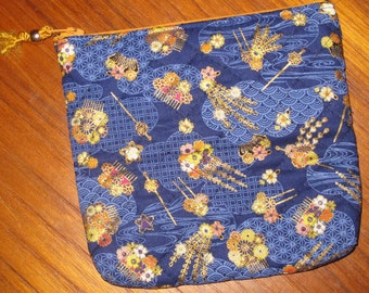 Japanese Hair Combs Ornaments Design Quilted Travel Earring Cosmetic Pouch Blue