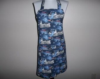 Apron, NFL, New England Patriots, Full Women's Apron, Men's Apron, Reversible, Front Pocket, Novelty, Football, Cooking Apron Handmade, Gift