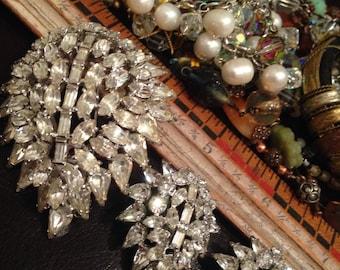 Vintage Kramer Rhinestone Brooch and Clip on Earrings Beautiful