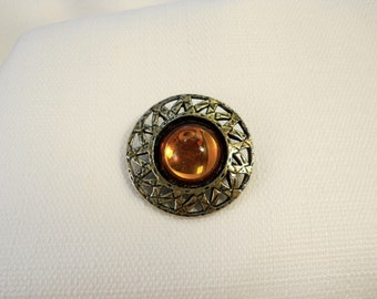 VTG 1960s 60s Amber Glass Cabochon Brooch Vintage Amber Pin Old Silver Tone Round Brooch Sixties Jewelry Golden Yellow Glass Circle Brooch