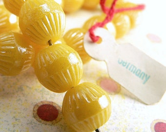 Vintage Yellow German Glass Fluted Round Beads Opaque 9mm Large hole (15)