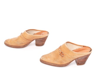 size 6.5 CLOGS tan leather 70s 80s PLATFORM WESTERN slip on mules