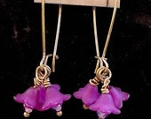 African Violet Dangling Flower Earrings, Handmade, Lucite Flower Earrings, Antique Brass Earrings, Womens jewelry, Gift, Ready To Ship