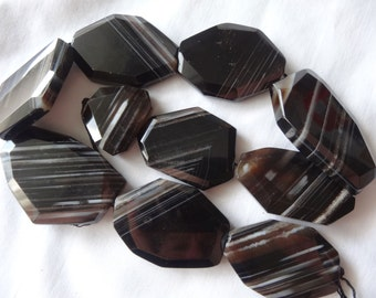 15 1/4 inch Strand Natural Black & White Agate Faceted Freeform Stone Beads or Pendants A334