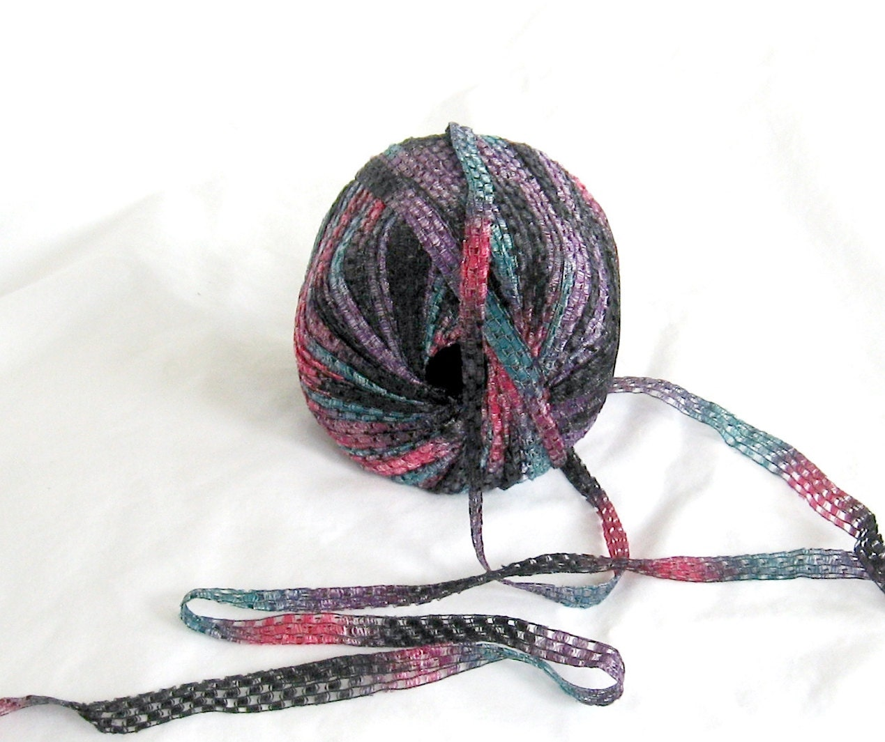 Yarn Ribbon Prisma 160 Cascade Yarn Multicolor F Destash
