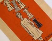 Vintage Princess Seam Dress Pattern Marian Martin 4532 Bust 36 37 Scalloped Yoke Petite