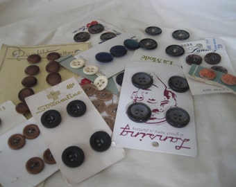 Lot Sets of Carded VINTAGE Plastic Craft Sewing BUTTONS C10