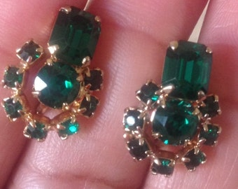 Coro Earrings, Vintage Coro Gold Tone Emerald CZ Screw Back Earrings, Vintage Coro Earrings, Coro Jewelry, Vintage Coro Jewelry