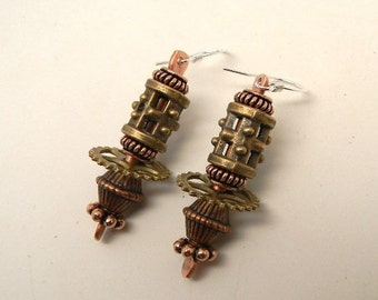 Steampunk mixed metal jewelry earrings.Steampunk jewelry earrings.