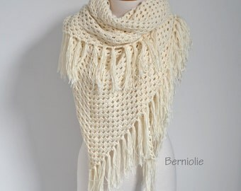 Lace crochet shawl, stole, Creme, Cotton, N306
