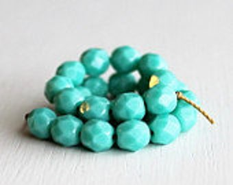 25 Opaque Turquoise Faceted 6mm Czech Glass Rounds